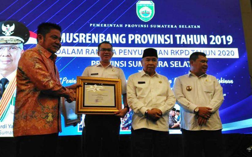Pemkot Pagar Alam Raih Penghargaan Pembangunan Daerah Terbaik II di Sumsel